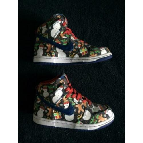Nike SB X Concepts Dunk High UGLY X-MAS SWEATER Maat 30 ZGAN